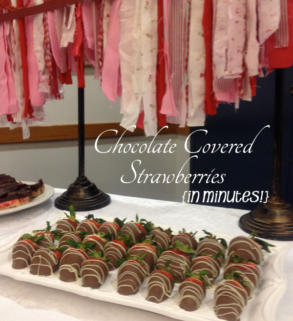 choc-strawberries-with-fabric