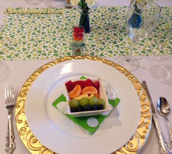 place-setting-with-fruit