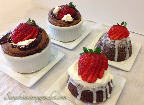 four-little-chocolate-cakes