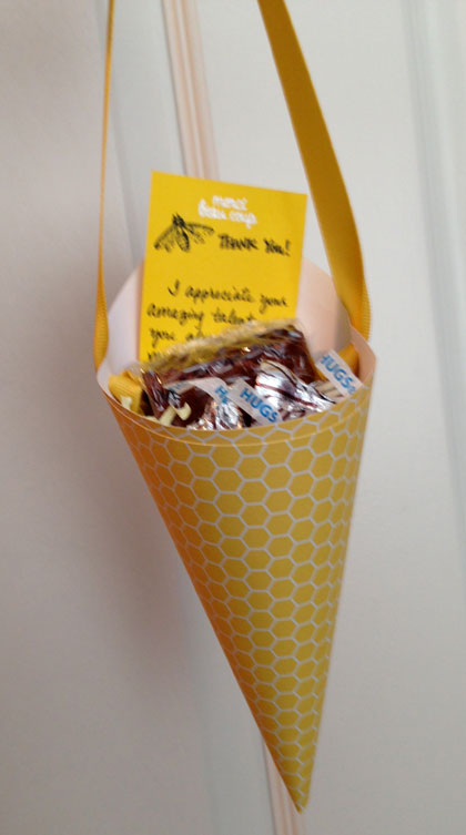 cone-with-bee-card