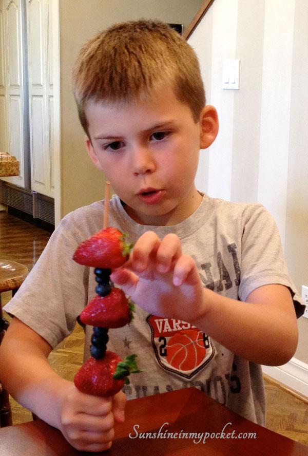 garretts-fruit-skewer