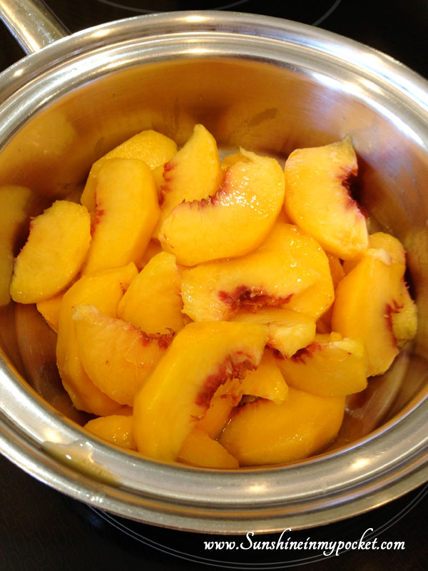 peaches-in-pan